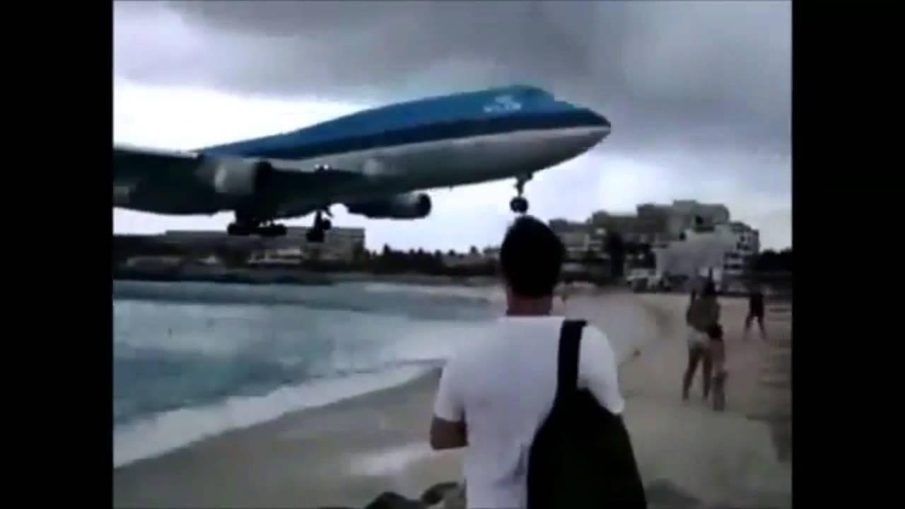 航空機、あわや大惨事の危機一髪映像集①