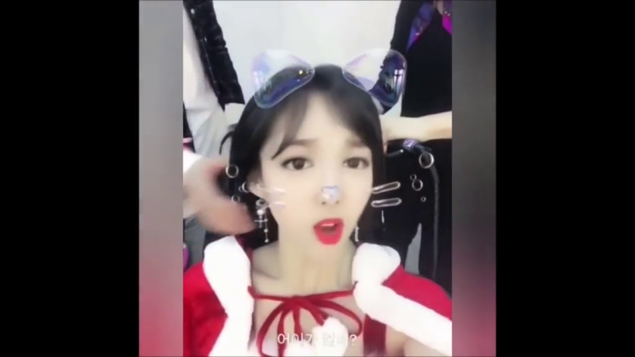 韓国流行の【kwaiアプリ】 TWICE ナヨン、モモのにこにこにー♪