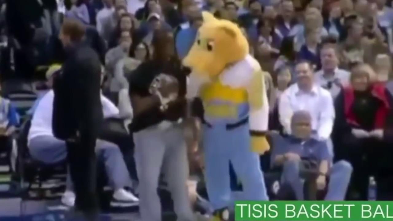 【腹筋崩壊必至】NBA面白ハプニング・珍プレーまとめ NBA選手とは思えないミスの連発!! お腹が痛いっす(笑