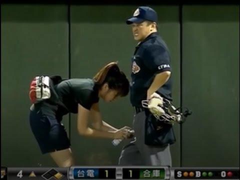 【野球】 審判に降りかかる数々の災難・・・