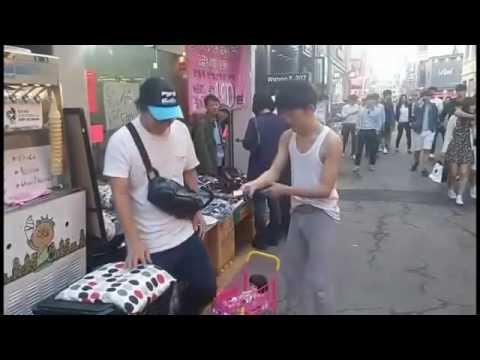 【キチガイ】街中で発狂する韓国人youtuber