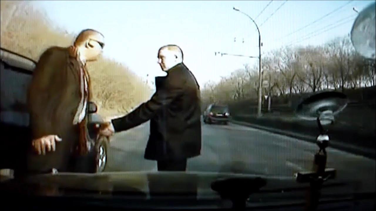 【海外】おそロシア 路上でのガチ喧嘩が凄すぎる…【恐怖)