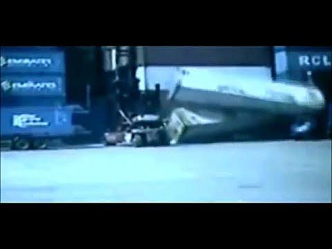 #105 【フォークリフト事故!】  前倒、転倒、落下、荷崩れ等、フォークリフト事故映像。