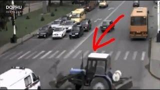 【重機】もう、どうにも止まらない… 重機、バス、トラックのアクシデント映像集!
