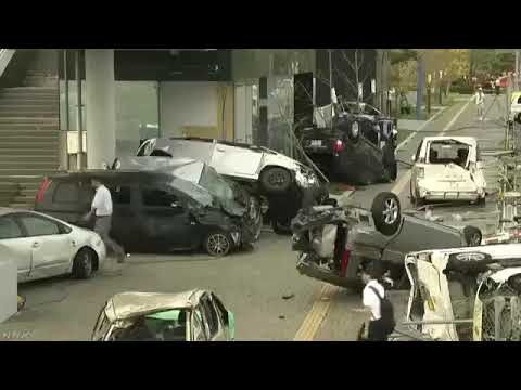 この車が遭遇したその正体は・・・凄い破壊力で恐ろしいw