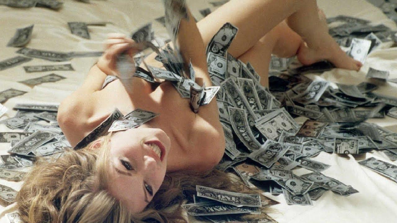 【衝撃】銀行が誤って5億円送金した女子大生の末路がヤバすぎる…