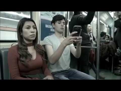 電車の座席にペニスがあったら