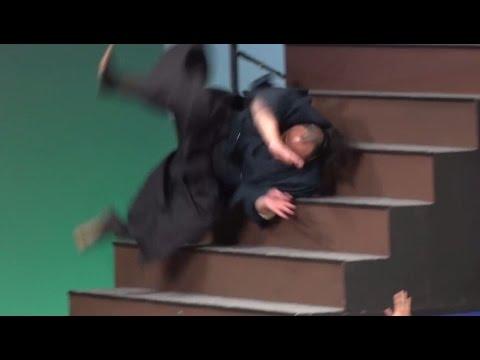 """""""無限階段落ち""""でギネスに挑戦!1分間で何人できる?「ジャパンアクションアワード2015」 #Japan Action Awards"""