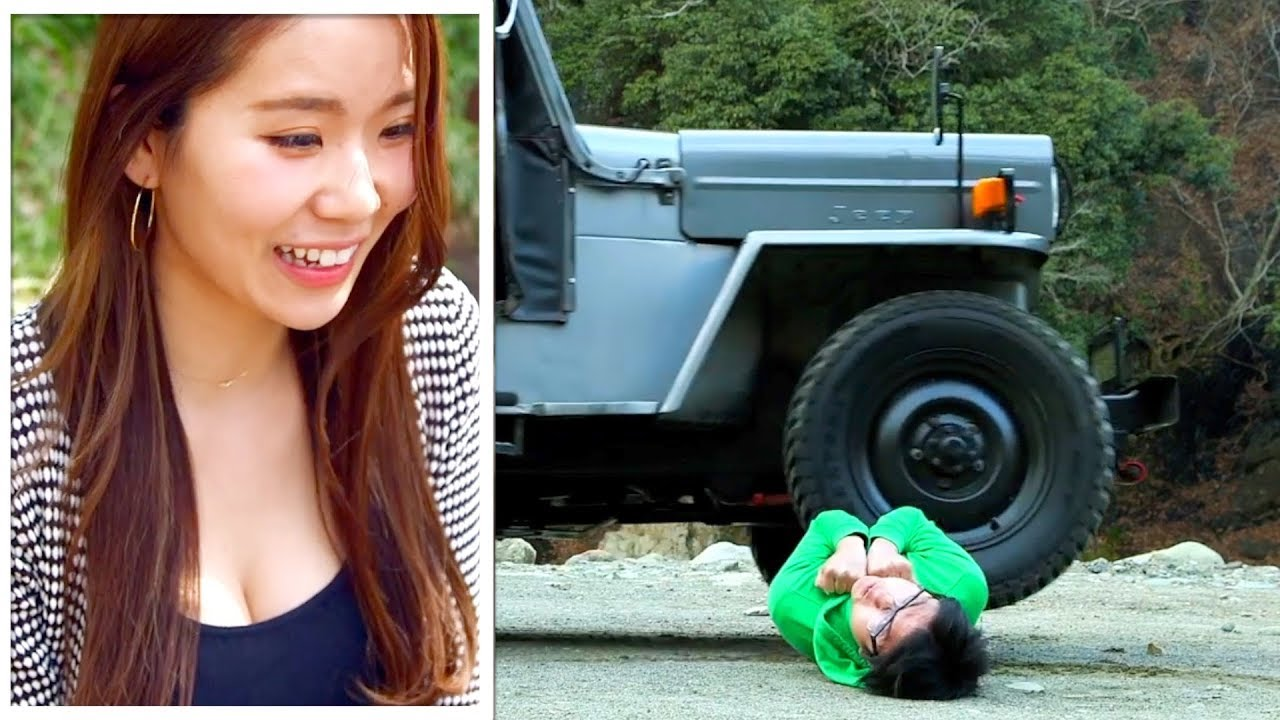 女の為に!!車に轢かれる恐怖映像!!【予想できない衝撃映像2】