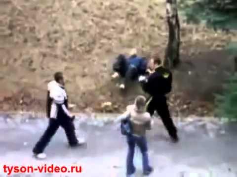 ロシア人の喧嘩 1人で2人KO