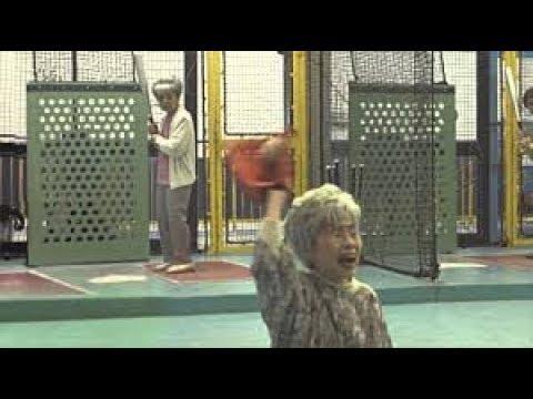 【Twitterで話題】おばあちゃんたちの野球が凄すぎる!! Twitterで話題の爆笑動画まとめ 【mofumofu】