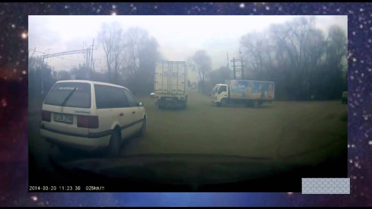 【閲覧注意】トラック大衝突 クラッシュ画像集 トラック事故は大迫力