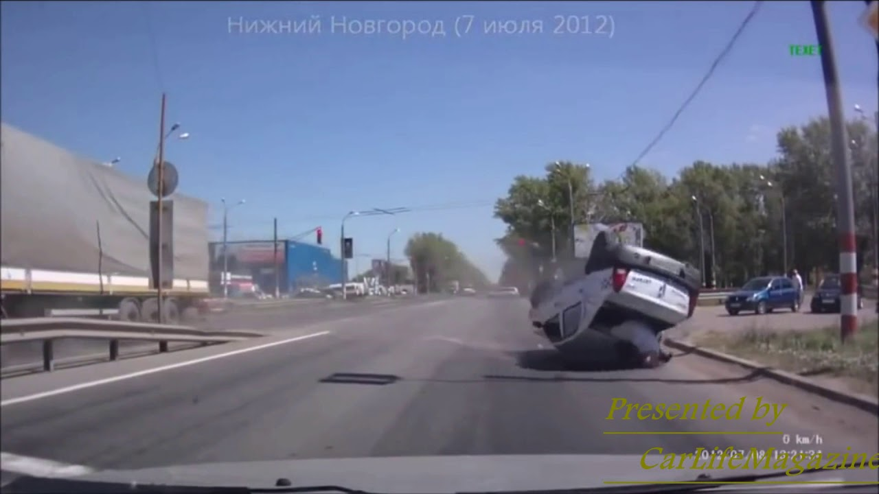 【閲覧注意】九死に一生!海外激しい自動車事故