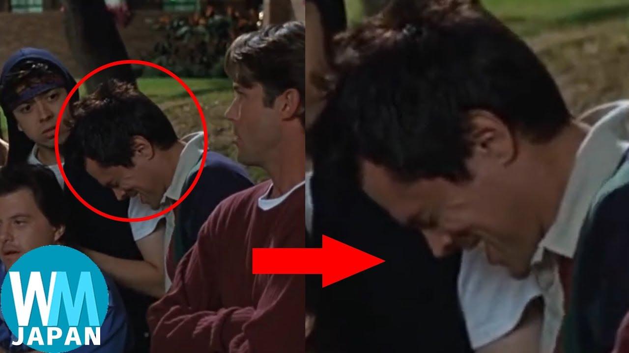 俳優陣が映画やテレビで真顔を貫けなかったシーン ランキングTop10