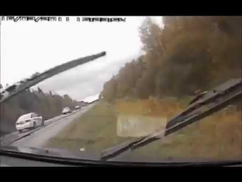 【ドラレコ】 衝撃的瞬間 事故・危険映像集 【世界編】   ニコニコ動画GINZA
