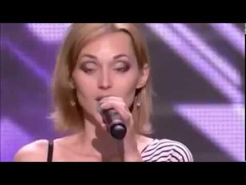 【鳥肌】口パクを疑われた女性がアカペラで歌った瞬間