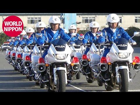 びっくり仰天!パトカーのバックスピンターン / 白バイとパトカーのコラボ デモ走行 @平成29年神奈川県警年頭視閲式 2017 交通機動隊 POLICE OF JAPAN