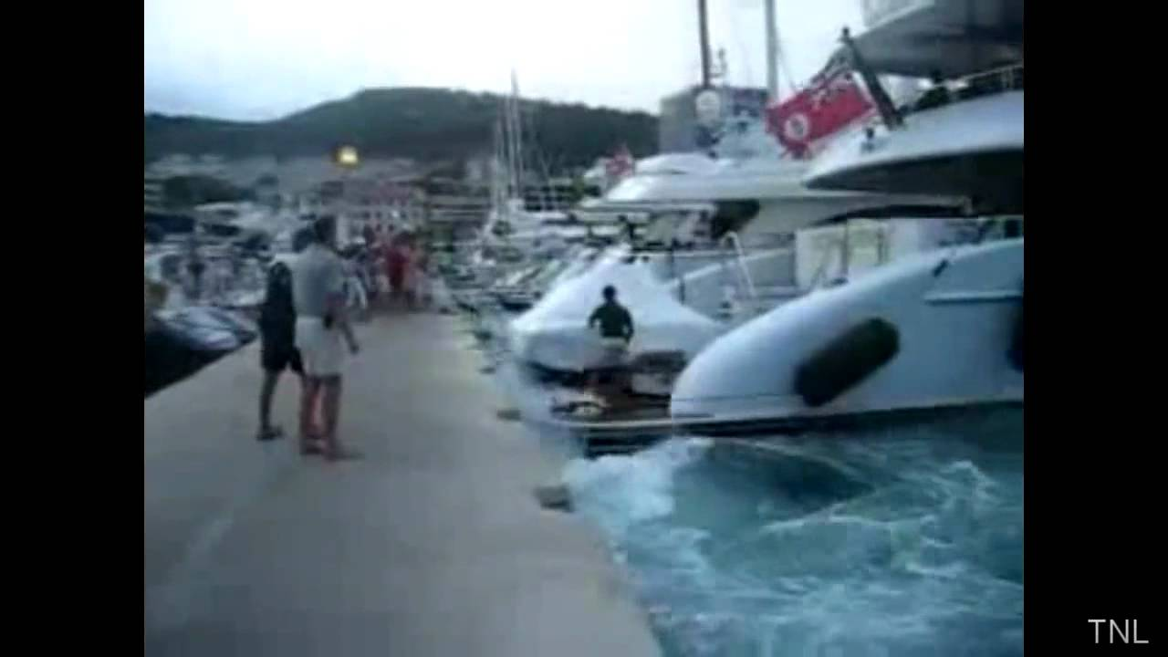 ボートのハプニング映像集