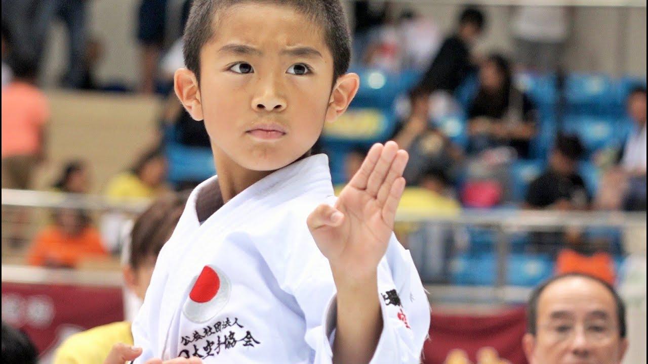 空手の形っていいなあと思ってしまう映像 Beautiful! Junior Karate Kata