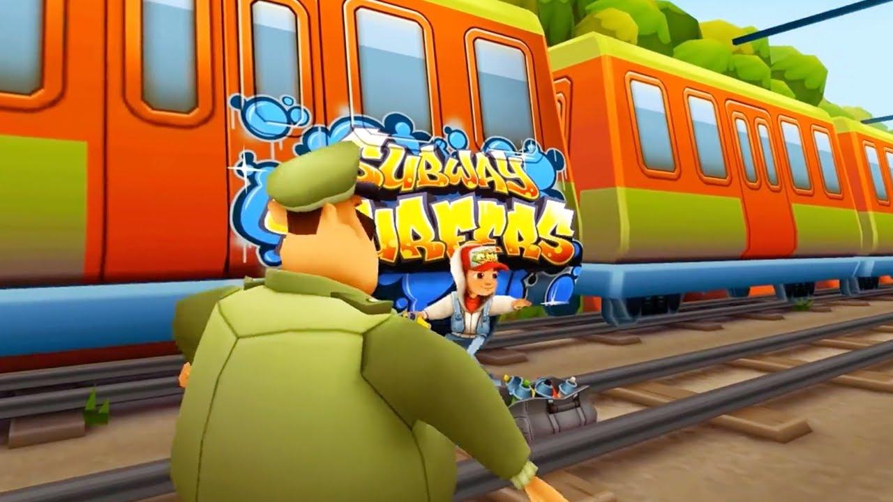 電車で警察と鬼ごっこするゲームでチートを使う